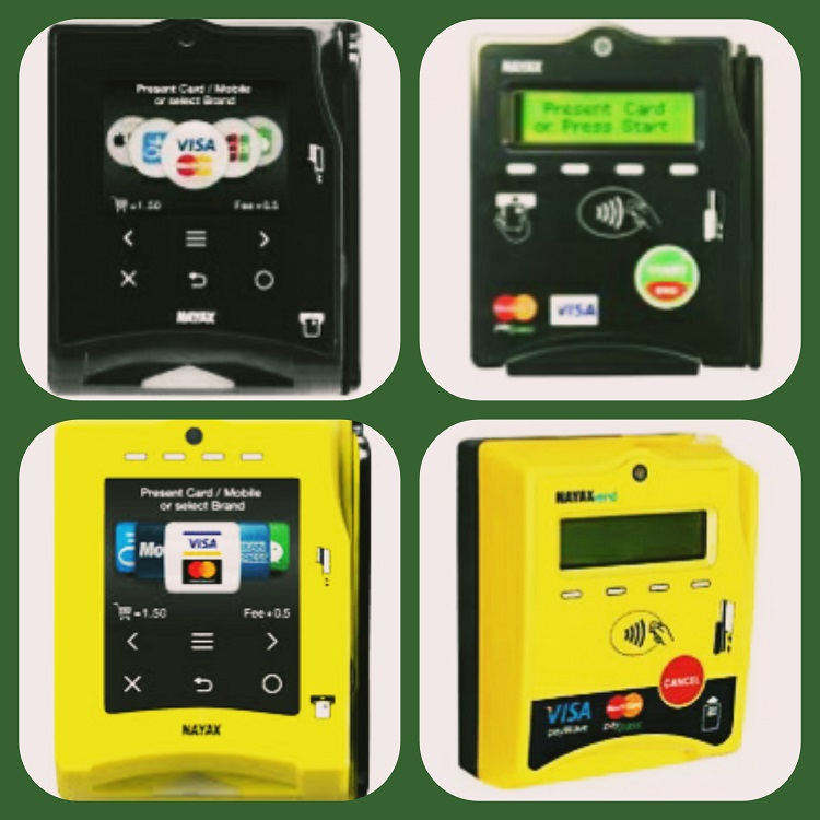 carte di credito nel distributore automatico