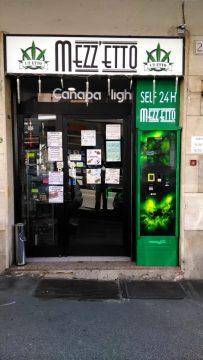 distributore cannabis